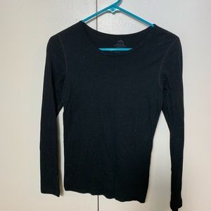 🎉SALE!!! Black long sleeve top - M